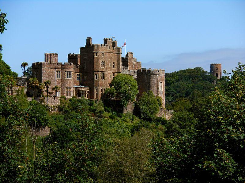Dunster_Castle_05